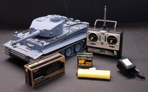 Модель танк